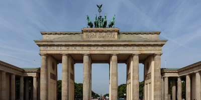 Image: Pierre-Selim Huard, Brandenburg gate in Berlin, Wikimedia Commons, Creative Commons Attribution 4.0 International